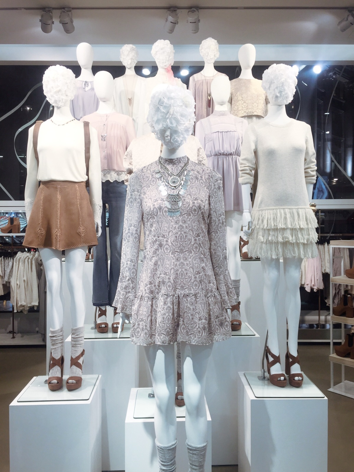 A First look at Spring 2016Trends